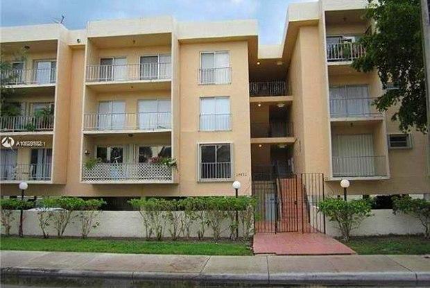 17051 NE 35th Ave - 17051 Northeast 35th Avenue, North Miami Beach, FL 33160