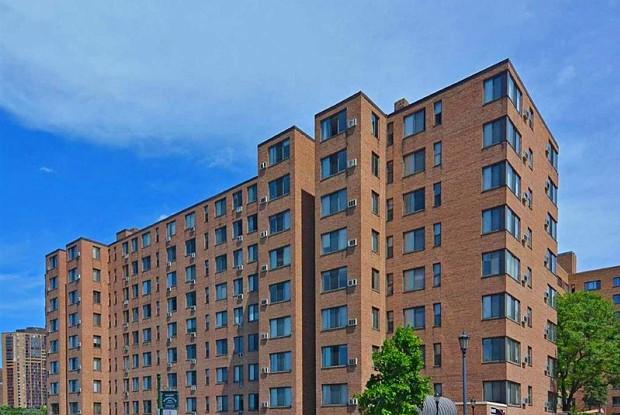 Park Terrace Apartments - 330 Oak Grove St, Minneapolis, MN 55403