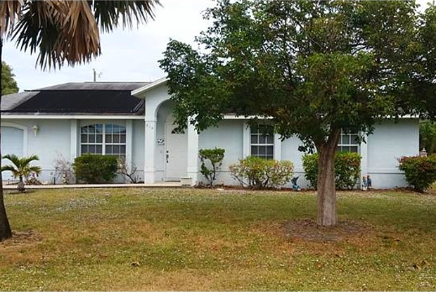 913 SE 16th ST - 913 Southeast 16th Street, Cape Coral, FL 33990