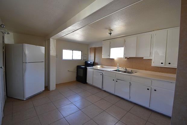 6912 5th Street - 6912 Fifth St, Canutillo, TX 79835