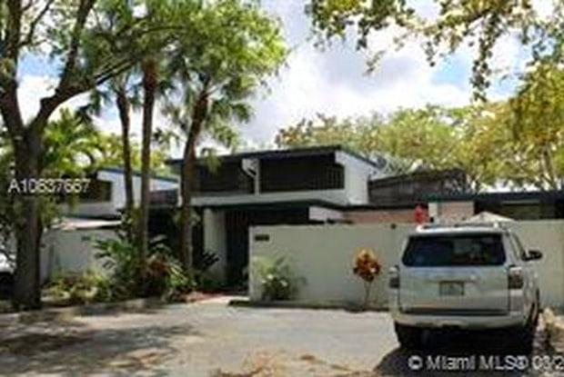6390 Jack Rabbit Lane - 6390 Jack Rabbit Lane, Miami Lakes, FL 33014