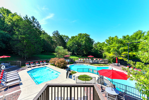 Arbors of Brentwood - 100 Brentwood Pl, Nashville, TN 37211