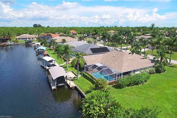2525 SW 37th ST - 2525 Southwest 37th Street, Cape Coral, FL 33914