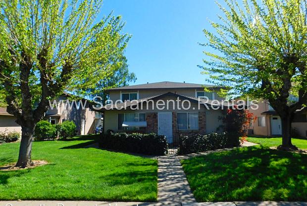 9020 Montoya Street #2 - 9020 Montoya St, Rosemont, CA 95826
