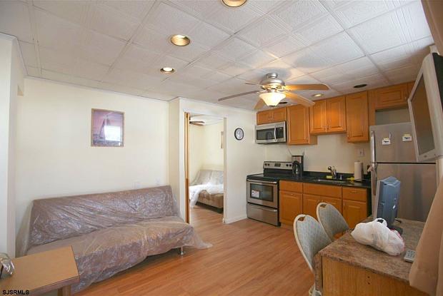 9609 Ventnor Ave - 9609 Ventnor Avenue, Margate City, NJ 08402