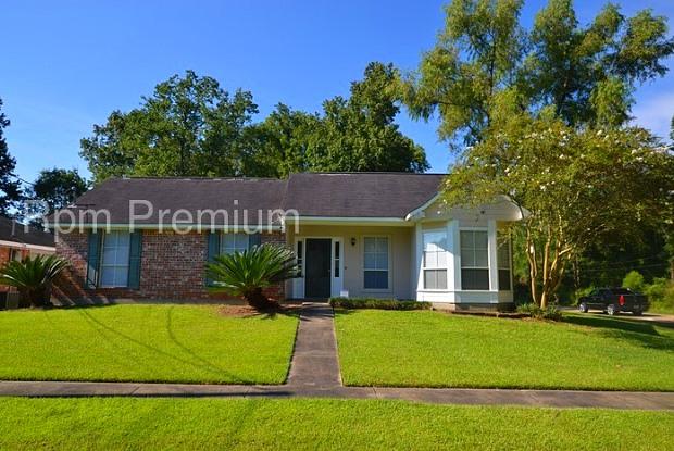 3452 Magnolia Avenue - 3452 Magnolia Avenue, Zachary, LA 70791