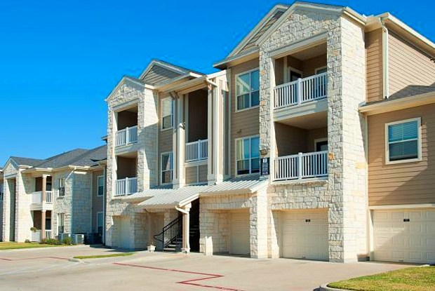 Brazos Ranch - 7404 Town Center Blvd, Rosenberg, TX 77471
