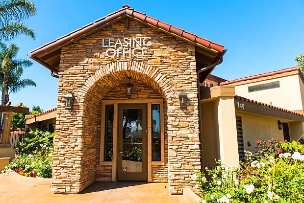 La Vista Apartments of Santa Maria - 740 S Western Ave, Santa Maria, CA 93458