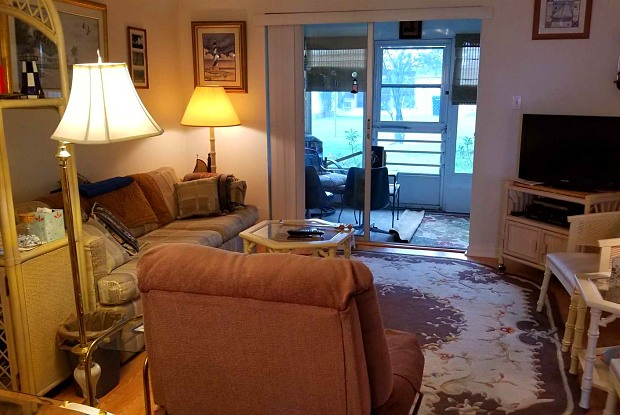 Burgundy One Condominiums - 202 47th Avenue Drive West, South Bradenton, FL 34207