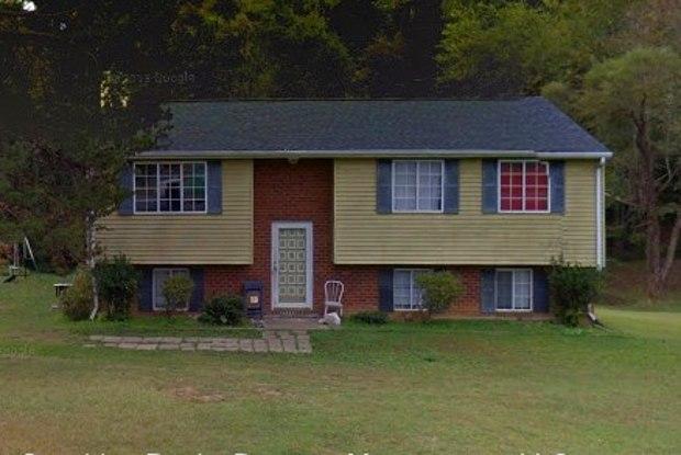 2437 HILLFORD DRIVE - 2437 Hillford Drive, Burlington, NC 27217