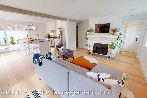 829 H Avenue - 829 H Avenue, Coronado, CA 92118