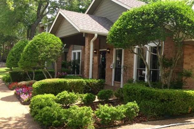 Creekview Apartment Homes - 700 S FM-1417, Sherman, TX 75092