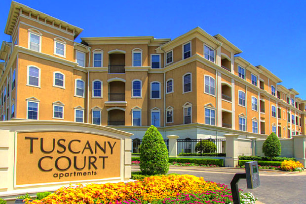 Tuscany Court Apartments - 1903 Augusta Dr, Houston, TX 77057