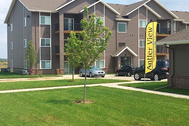 Antler View - 3132 N 186th Plz, Omaha, NE 68022
