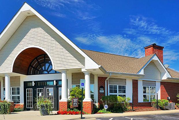Renaissance St. Andrews - 3311 Renwood Blvd, Louisville, KY 40214
