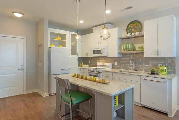 Asbury Flats - 910 Walnut Ave, Charlotte, NC 28208