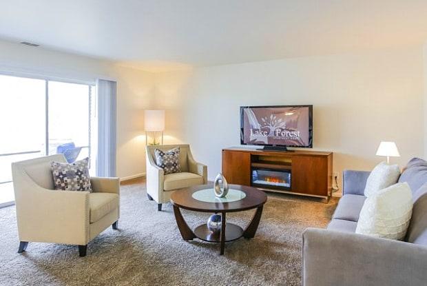 Lake Forest Apartments - 3235 Soft Water Lake Dr NE, Grand Rapids, MI 49525