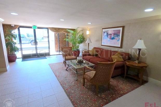 4600 Via Dolce - 4600 S via Dolce, Los Angeles, CA 90292
