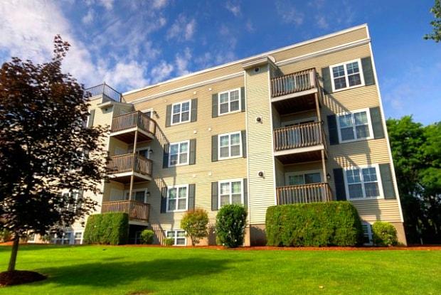 Carlton Place Apartments - 39 Carl St, Lowell, MA 01851