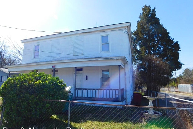 1514 Oakdale Avenue - 1514 Oakdale Ave, Petersburg, VA 23803