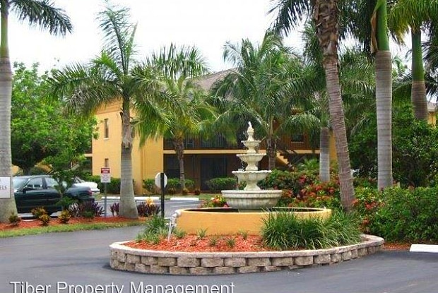 5315 Summerlin Rd 07 - 5315 County Road 869, Fort Myers, FL 33919