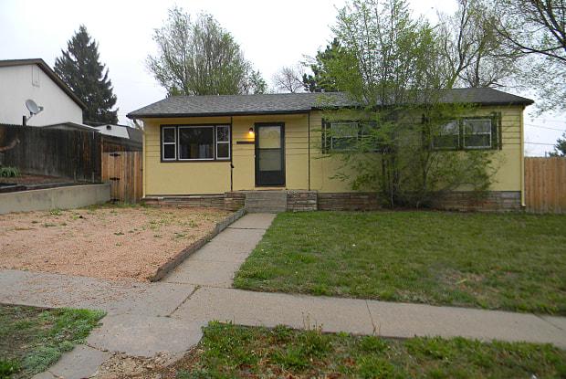 1305 Diana Ln - 1305 Diana Lane, Colorado Springs, CO 80909