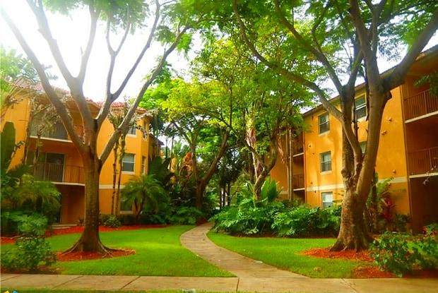 741 N Pine Island Rd - 741 N Pine Island Rd, Plantation, FL 33324