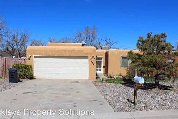 4949 Quail Ridge Drive NW - 4949 Quail Ridge Drive Northwest, Paradise Hills, NM 87114