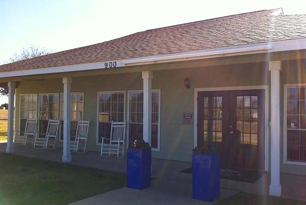 Country Village - 900 S FM-1417, Sherman, TX 75092