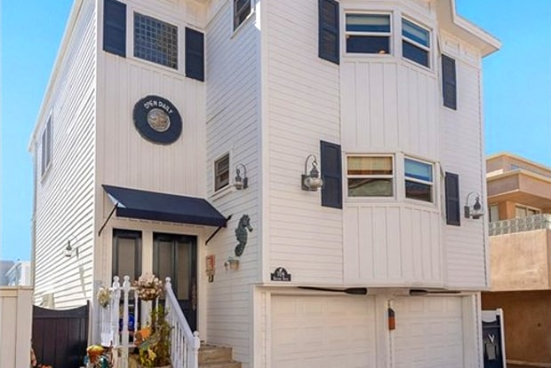 709 Bayview Drive - 709 Bayview Dr, Manhattan Beach, CA 90266