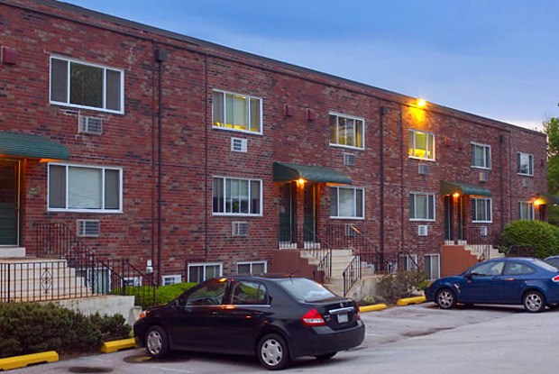 North Lane Apartments - 110 W North Ln, Conshohocken, PA 19428