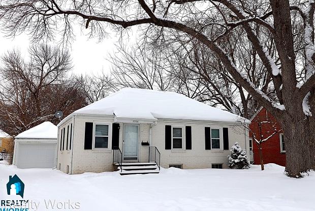 3766 B Street - 3766 B Street, Lincoln, NE 68510