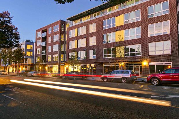 Springline - 3220 California Ave SW, Seattle, WA 98116