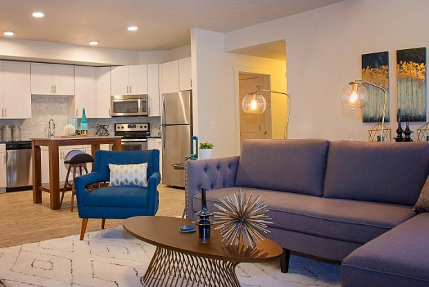 Rockledge at Quarry Bend Apartments - 903 East Cobblegate Drive, Sandy, UT 84094