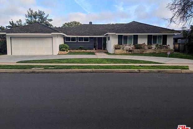 1410 JONESBORO Drive - 1410 Jonesboro Drive, Los Angeles, CA 90049