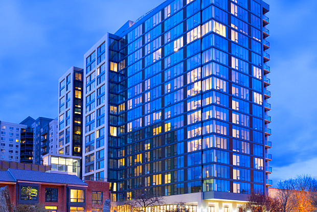 North Tower - 452 North 18th Street, Philadelphia, PA 19130