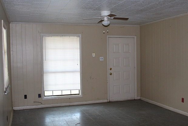 500 Rampart Street - 500 Rampart Street, Carencro, LA 70520