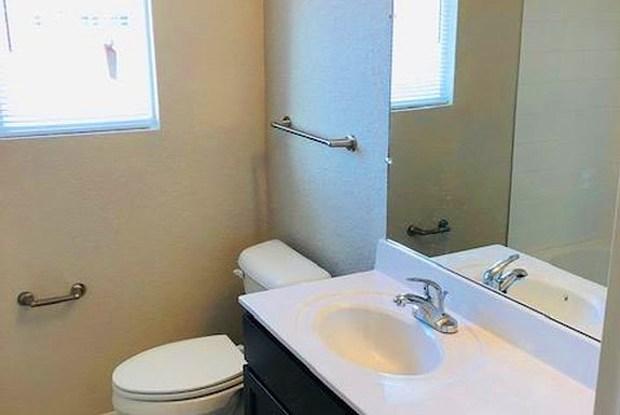 4255 Orcutt Ave - 4255 Orcutt Avenue, Newport News, VA 23607