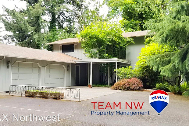 2711 Old Oregon Trail Rd - 2711 View Pl SW, Olympia, WA 98501