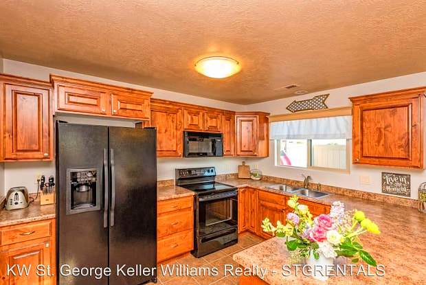 2422 S River Road #1 - 2422 S River Rd, St. George, UT 84790