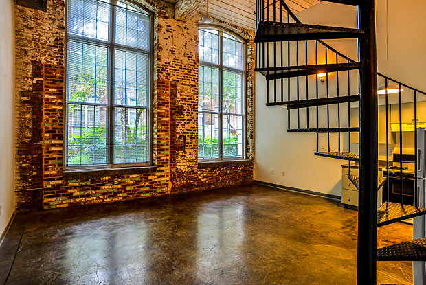 Canton Mill Lofts - 550 Riverstone Pkwy, Canton, GA 30114