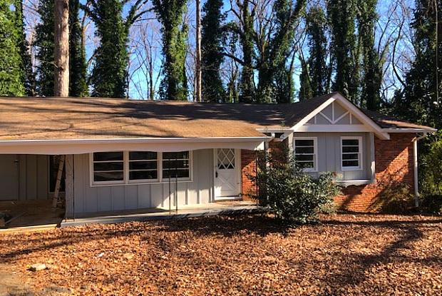 3681 Lake Dr SE - 3681 Lake Drive Southeast, Smyrna, GA 30082