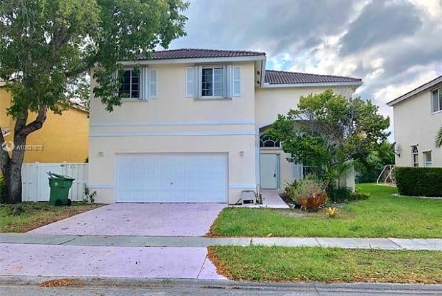 360 Southwest 190th Avenue - 360 Southwest 190th Avenue, Pembroke Pines, FL 33029