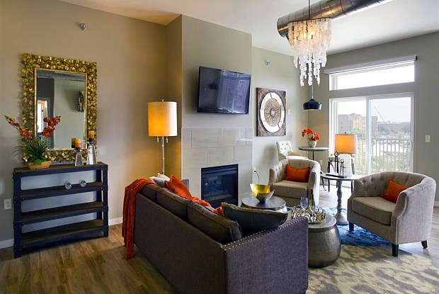 Phillips Avenue Lofts - 601 N Phillips Ave, Sioux Falls, SD 57103