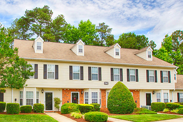 Fairgate Apartments - 8924 Langwood Dr, Raleigh, NC 27613