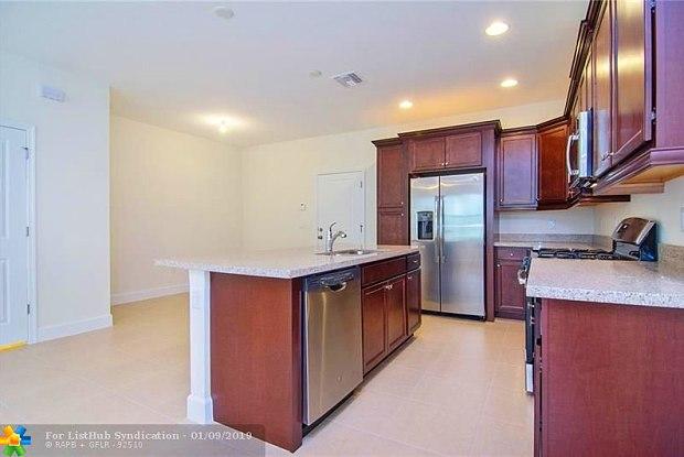 12557 NW 32nd Manor - 12557 Northwest 32nd Manor, Sunrise, FL 33323