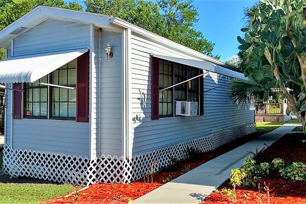Livingston Family Community - 15880 Martha Cir, Lutz, FL 33549