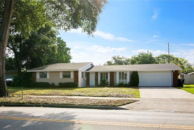1087 EXECUTIVE CENTER DRIVE - 1087 Executive Center Drive, Orlando, FL 32803