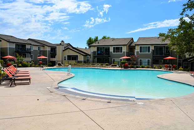 Overlook at Blue Ravine - 1200 Creekside Dr, Folsom, CA 95630