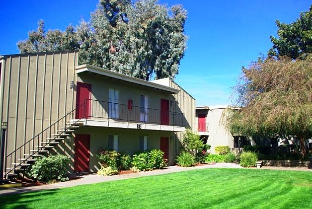 The Reserve - 897 S Winchester Blvd, San Jose, CA 95128